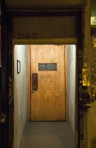 Larry Lawrence - Bar Williamsburg - entrance door - Grand Street