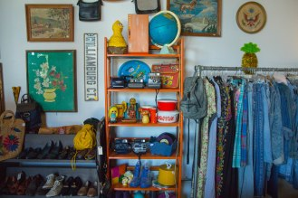Dobbin Street Vintage Co-op - Vintage shop - Greenpoint - jeans and bohemian clothing